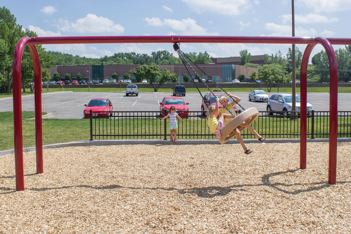 5 arch tire swing swing playground equipment for Tire play structure