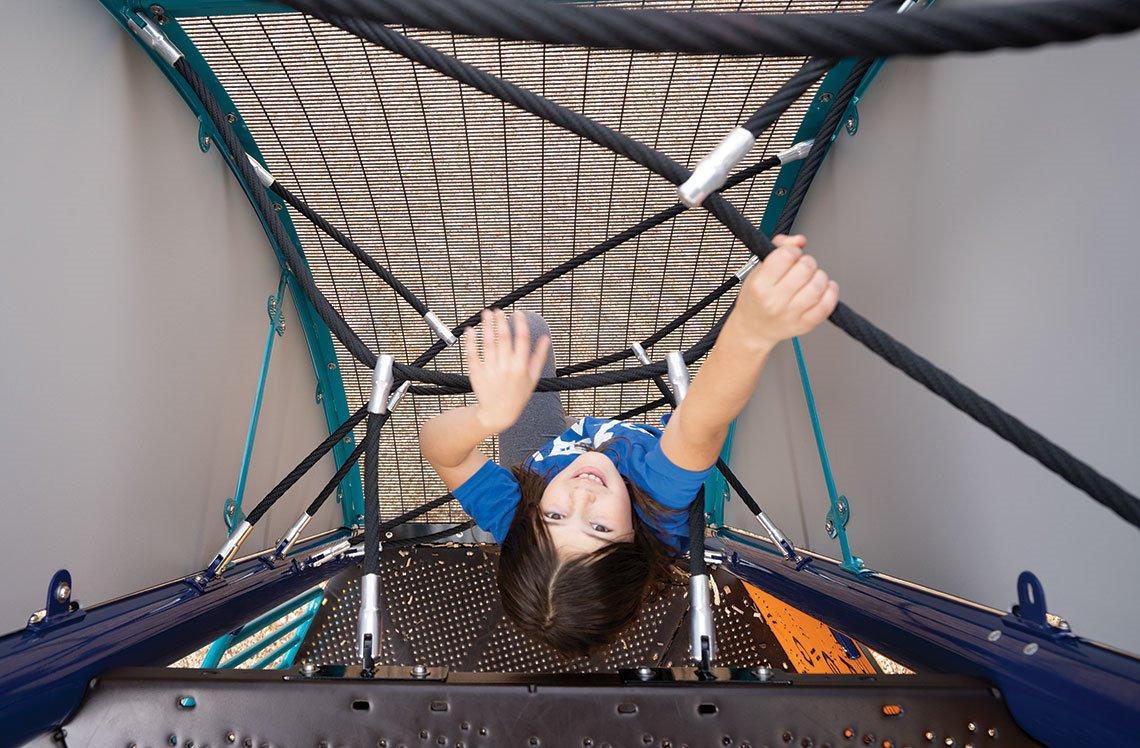 Evolution Arch Climber